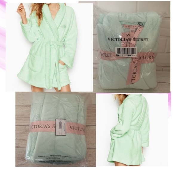 Pick size $55 VICTORIAS SECRET SHORT PLUSH COZY POCKET ROBE Light Green Mint NEW